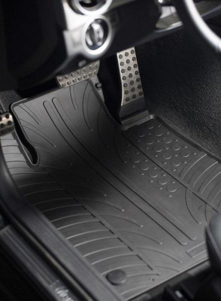 Autós padlószőnyegek
